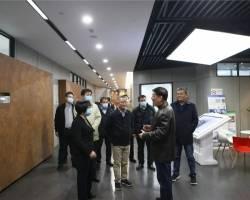 中国建筑标准设计研究院有限公司党委副书记、总经理曹彬一行来我集团参观调研