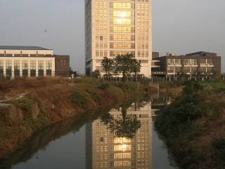 杭州市电子信息职业学校丁桥校区